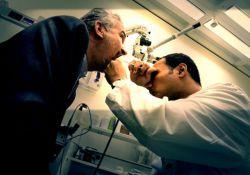 فیلم مستند 33 سال سکوت      www.filimo.com/m/uoNzQ