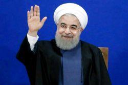 روحانی هستم ...رییس جمهور ایران ...۵ ساله پاک پاکم ...تا پارسال هر چی بود تقصیر دولت قبل بود از اون به بعد تقصیر عالیترین مقام کشور و قوه قضاییه ...