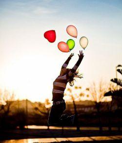 احساس شادی ،شادی  بیشتری را برایتانمی آورد  واحساس غنی بودن  فراوانی و برکت بیشتری را، هر چه که می خواهی باشی  احساسش را داشته باش..