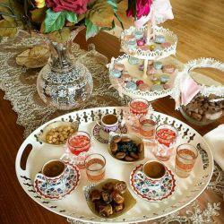 """❤عشق❤ طعم یڪ چای تازه دم است  ڪه بر ایوان عصر با اویی ڪه باید ، نوشیده باشی    عصرتون به عشق """"❤"""