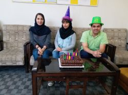 جشن تولد متولدین اردیبهشت مدرسین عزیز خانم ها #سلحشوران، #بازوبندی و آقای #هاشمی ، و مدیریت موسسه #آقای مدقق
