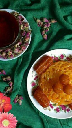 درخانه ی ما زخوردنی چیزی نیست،،،  ای روزه برو ورنه توراخواهم خورد...فرا رسیدن ماه مبارک رمضان به همهی روزهدارا و روزهخوارا مبارک باد:)