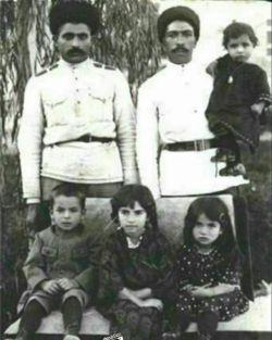 رضا شاه با خانوادش ....ناب ترین عکسی که دیده شده تا کنون