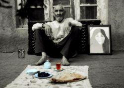 چه سخت است بی تو نشستن پای سفره ی افطار  به یاد اونایی که سالهای قبل سر سفرههای افطاری کنار ما بودن و الان جاشون خالیه...