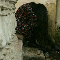 آدم های تنها عاشق می شوند آدم های عاشق ، تنها  مرگ اگر نبود ، تا ابد دور خودمان می چرخیدیم..
