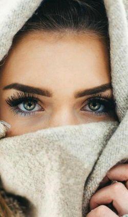 این ماهیت عشق است, فکرم شده چشمانت!؟  دست از سر من ای کاش, چشمان تو بردارد!!!