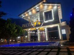۱۰۰۰ متر باغ ویلا با ۱۶۰ متر بنا در قجرآباد شهریار به فروش میرسد   https://www.andishmelk.com/villa/3239