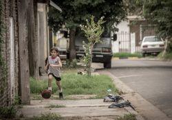 فیلم مستند مسی        www.filimo.com/m/bLz8k