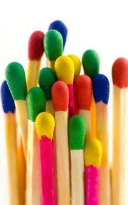 کبریت های رنگارنگ ♥_♥