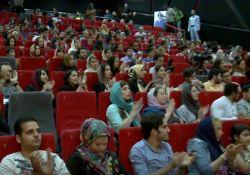 برنامه تاک شوی ستاره سینما - مصاحبه با مهران مدیری       www.filimo.com/m/BY2wF