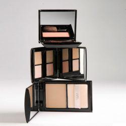 این لِی با مجموعه ای از رنگ های زیبا انتخاب من است . .#این_لی #محصولات_آرایشی #بدون_سرب#ساخت_ایران #بدون_پارابن #رژلب #کرم_پودر #ریمل #سایه #inlay #cosmetics #lipstick #mascara #eyeshadow #parabenfree آدرس سایت http://inlaycosmetics.com/
