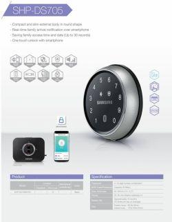 http://samsunglock.support یکی از ویژگی های منحصر به فرد در قفل الکترونیکی هوشمند سامسونگ SHP-DS700 متصل شدن آن به گجت های پوشیدنی مانند ساعت هوشمند و کنترل آن با ساعت هوشمند می باشد. همچنین این مدل قفل را می توان به راحتی وارد سیستم هوشمند سامسونگ نمود.