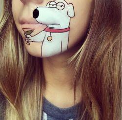 نقاشی شخصیت های کارتونی روی لب / لائورا جنکینسون