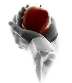 در دنــیایـی ڪہ بـرای یڪ تیڪہ سیب تمام بهشتیان زمینگیـر شدند چہ انتظار غریبیسـت عدالت ...