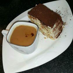 سلام صبحتون به خوشمزه گی #کیک_تیرامیسو
