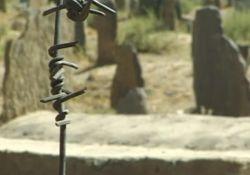 فیلم مستند «در سودای استخوان»         www.filimo.com/m/jeadx