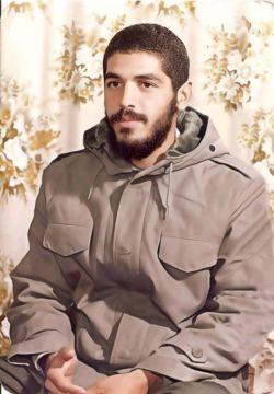بهش گفتن: آقا ابراهیم! چرا جبهه رو ول نمیکنی بیای دیدار #امام_خمینی؟  گفت:ما امام رو برای اطاعت میخوایم،نه برا تماشا #شهید_ابراهیم_هادی