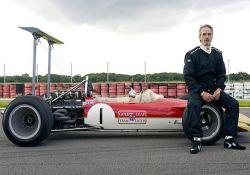فیلم مستند «اسطوره های اتومبیلرانی: گراهام هیل»         www.filimo.com/m/MKc4i