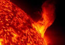 فیلم مستند «سفرهای کیهانی: طوفان های خورشیدی سهمگین»       www.filimo.com/m/wYESQ