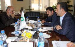 نشست نمایندگان مردم نقده و شیراز با مسئولان بنیاد برکت برگزار شد.