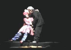 فیلم مستند «من حسن عظیمی هستم»          www.filimo.com/m/W3cKr