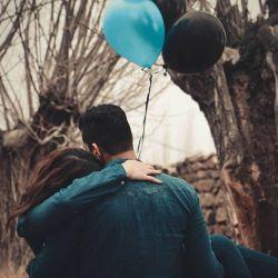 و چه احساس  نجیبی ست که با دیدن تو طلب عشق زِ بیگانه ندارم هرگز......