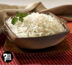 برنج بدون شلتوک باعث پیری و سفید شدن موها می شود. همراه با برنج کمی پیاز بخورید تا این اثر مخرب را از بین ببرد.