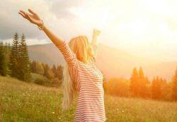 قانون انتظار میگه: منتظر هر چی باشی وارد زندگیت میشه با خودت تکرار کن امروز روزعالی ترین  اتفاق های زندگیم است