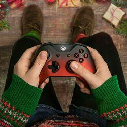 سوال ☺✋ برای سرگرمی با همسرتون چیکار میکنید ؟ ( مجردا از آینده بگن ، متاهل ها هم از زمان حال ☺❤ ) خودم که میخوام پلی استیشن بخرم و باهاش بازی کنم ☺✌ #تگ_کن و سرگرمی بقیه رو ببین ☺✋