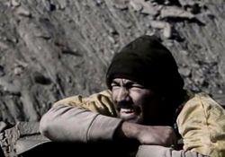 فیلم سینمایی دانه های ریز برف  www.filimo.com/m/46Ugw