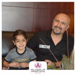 آرات حسینی، قهرمان کوچک کشورمون