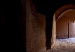 فیلم مستند «دیوار»               www.filimo.com/m/3S2HE