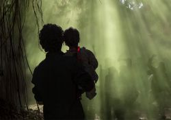 فیلم سینمایی آن سوی ابرها  www.filimo.com/m/oMIAS