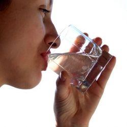 آب بخورین.. آب بخورین .. آب بخورین .. آب بخورین .. آب بخورین .. آب .. آب بخورین .. بابا آب بخورین .. آببببببب بخورین .. پ.ن:تبلیغ و تاکید پدر معنوی در جهت آب نوشیدن لنزوری ها ^_^ پ.ن۲: دلیل در کامنت اول