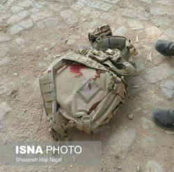 سیاست مدارها به جنگ نمیروند! تعدادشان کم است و طول عمرهایِ بلندی دارند! و سربازها، سربازها داستانهای کوتاهِ غم انگیزند!