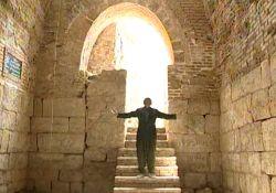 فیلم مستند «عاشقی در تخت سلیمان»               www.filimo.com/m/Hrp3h