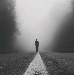  آیدا...! این که مرا به سوی تو می کشد عشق نیست، شکوه توست؛  و آنچه مرا به انتخاب تو برمیانگیزد، نیاز تن من نیست،  یگانگی ارواح و اندیشه های ماست.  #احمد_شاملو