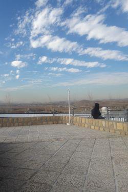بعدظهری سرد و غمگین پاییزی با تمام نامیدی نگاه به دور دست ها میکنم تا شاید خدا شفایی عاجل کند .بیمارستان سوختگی امیرالمومنین صدرای شیراز.