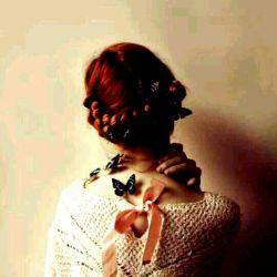 هر چیزی که به تو ربطی داشته باشد دوست داشتنی ست...!  از دلتنگی ام بگیر  تا جای خالی ات..