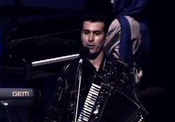 کنسرت رحیم شهریاری و خوانندگان برتر آذری  www.filimo.com/m/kT5pB