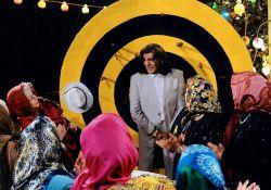 فیلم سینمایی ازدواج در وقت اضافه  www.filimo.com/m/r1f6S