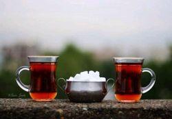 چای سر صبح را  باید با نگاه تو طعم دار کرد  چه چیزی تلخ تر از قند  در حضور چشمهای تو