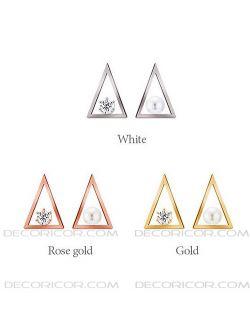 گوشواره نقره مثلثی قیمت 125000 تومان www.Decoricor.com  Telegram.me/Decoricor_com  براى سفارش میتوانید به 09194489197 تلگرام مسیج بدهید یا تماس بگیرید و یا از سایت ما خرید آنلاین كنید.