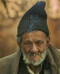 رفتی و هر قدمت یک دهه قدمت آورد این همان مرد جوان است اگر بشناسی!!  #کاظم_ذبیحی