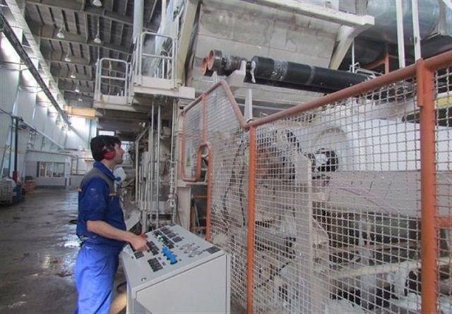 اخراج کارکنان شرکت حریر خوزستان تکذیب شد فرماندار شوش گفت: شرکت حریر خوزستان در حال انجام تعمیرات اساسی یکی از واحدهای خود بوده و هیچ کارگری از این شرکت اخراج نشده است. ادامه خبر در: http://www.paperandwood.com/Fa/NewsItem/?nID=7059