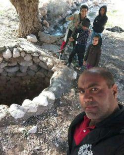 تنگه هرمو چاه آب شیرین در منطقه زیبای شرفویه فارس