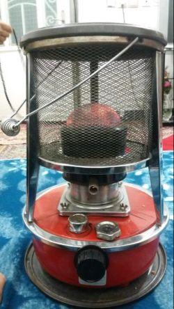 بخاری نفتی مدل ژاپنی هنوز،در شرفویه مورد استفاده قرار میگیرد