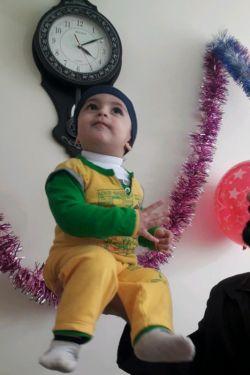 یک ماهه ندیدمت محمدجواد ِ بابا... قربون مادرا و پدرای شهدای گمنام و مفقودالاثر بشم؛ چی کشیدین تو این سالهای فراق.... اللهم اجعل عواقب امورنا خیرا .... سلام ؛ سال نو همگی با تاخیر مبارک