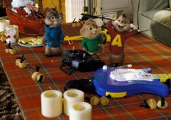 فیلم سینمایی آلوین و سنجاب ها 1  www.filimo.com/m/yHIRL