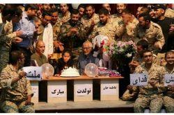 جشن تولد پرسنل ارتش جمهوری اسلامی برای یک دختر سیل زده